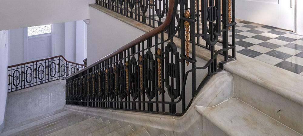 Detalles La escalera de mármol_